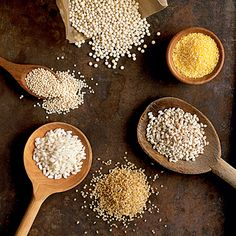 The 11 Healthiest Grains: Whole Wheat Whole Oats/Oatmeal Bulgur (whole grain) Brown Rice Whole-Grain Barley Whole Rye Buckwheat Whole Wheat Couscous Corn Quinoa Freekeh (an Arabic grain) Healthy Grains, Healthy Cooking, Healthy Eating, Healthy Recipes, Healthy Food, Fitness Nutrition, Health And Nutrition, Nutrition Classes, Nutrition For Runners