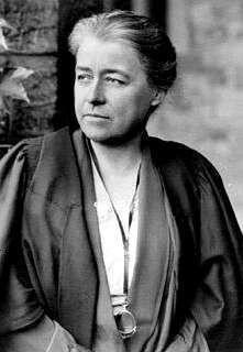 Georgiana Goddard King. Fai o Camiño de Santiago e publica en 1920 a obra The Way of Saint James. No terceiro volume fala de #Moraime
