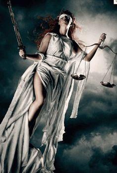 Temida - bogini prawa, praworządności i sprawiedliwości