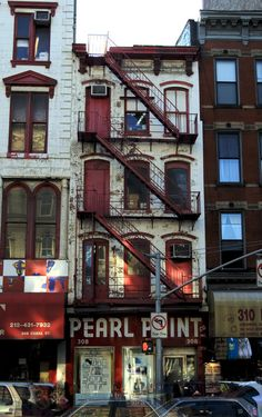 Classic NYC Spots that closed in 2014 Forever Pearl Paint, 308 Canal Street in Chinatown: This massive art supply store was shut down in the spring, and the owner of the building is looking to turn it into luxury condos. New York Architecture, Classical Architecture, Ancient Architecture, Sustainable Architecture, Landscape Architecture, Fire Escape, City Aesthetic, Art Supply Stores, Luxury Condo