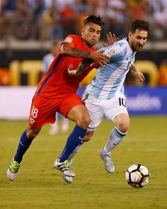 #COPA2016 #COPA100 Lionel Messi of Argentina battles Gonzalo Jara of Chile the championship match between Argentina and Chile at MetLife Stadium as part of Copa America...