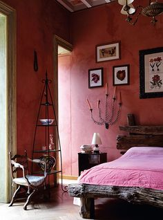 Awesome Rustic Italian Decor For Amazing Bedroom Ideas Pink Bedroom Design, Pink Bedroom Decor, Girl Bedroom Designs, Home Bedroom, Bedroom Ideas, Bedroom Red, Hot Pink Bedrooms, Rustic Italian Decor, Rustic Style