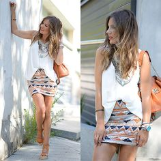 Helena C. Short Jeans, Girls In Mini Skirts, Indian Dresses, Her Style, Boho Shorts, Sequin Skirt, How To Look Better, Short Dresses, Clothes For Women