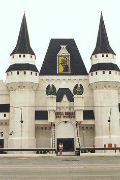 Draculas Castle and Wax Museum, Front Beach Rd, Panama City Beach Florida by stevesobczuk, via Flickr
