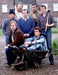 Auf Wiedersehen, Pet, used to watch this as a teeneger/adult British Sitcoms, British Comedy, Comedy Series, Comedy Tv, Best Series, Tv Series, Animal Tv, Vintage Television, Good Old Times