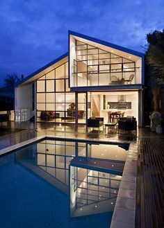 A small-scale project, but this contemporary suburban house extension and renovation in Melbourne isn't short on aesthetic and material drama. Blurred House in Australia by BiLD architecture Architecture Design, Beautiful Architecture, Residential Architecture, Melbourne Architecture, Installation Architecture, Building Architecture, Bungalow Renovation, Suburban House, House Extensions