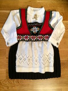 Embroidery, Knitting, Sweaters, Fashion, Moda, Tricot, Fashion Styles, Breien, Pullover