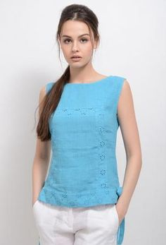 """Top """"Canto-2"""" Salwar Suit Neck Designs, Kurta Designs Women, Blouse Designs, Classy Work Outfits, Casual Outfits, T Shirt Sewing Pattern, Stylish Blouse Design, Beautiful Blouses, Short Tops"""