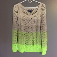 """❤️NEW Super Cute American Eagle Outfitters Sweater ❤️ Super Cute and Soft Color Fade Sweater Never Worn sure to be a favorite Shoulder to Hem 25"""" Sleeve 24""""❤️ American Eagle Outfitters Sweaters Crew & Scoop Necks"""