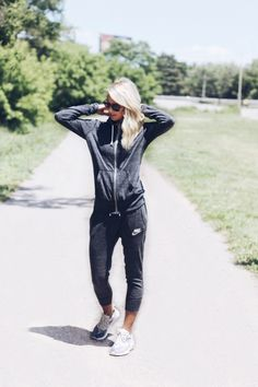 Kohl's Loungewear – Disclosure* This post is spononsored by Kohl's, thoughts & opinions are 100% my own
