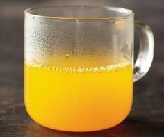 Anti-inflammatory Detox Lemon Water Ingredients: 1 cup hot water juice of half lemon tsp tumeric powder stevia or maple syrup to taste . Detox Drinks, Healthy Drinks, Healthy Food, Healthy Eating, Drinking Hot Water, Lemon Detox, Detox Tea, Cleanse Detox, Anti Inflammatory Recipes