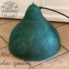 Industrilampe i mørkegrøn V.Anglais Autentico og irpulver