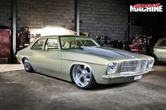 ◆ Visit MACHINE Shop Café... ◆ ~ Aussie Custom Cars & Bikes ~ (Lou Ackovski's 1972 HQ Holden)