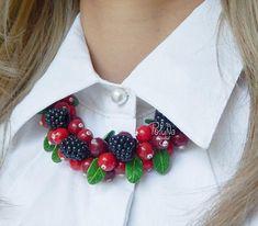 Autumn berry vintage necklace Woodland necklace birthday