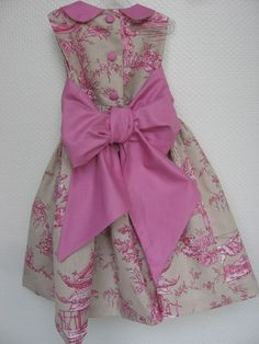 Toile de Jouy - adorable dress