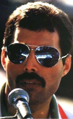 6999 Best Queen Pins Images In 2019 Queen Freddie Mercury Brian
