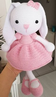 For Beginners Doll Awesome Free Amigurumi Crochet Pattern Ideas for This Year! Part amigurumi crochet; amigurumi for beginners; Crochet Bunny Pattern, Crochet Rabbit, Crochet Teddy, Crochet Animal Patterns, Easter Crochet, Crochet Bear, Crochet Patterns Amigurumi, Cute Crochet, Amigurumi Doll