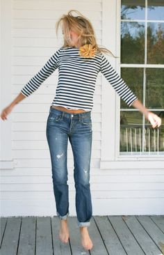 Stripes + flower + rolled up jeans.