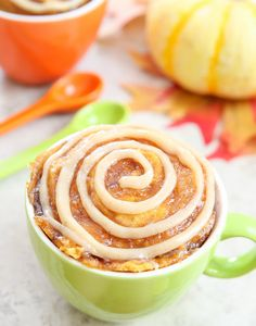 pumpkin-cinnamon-roll-mug-cake-14