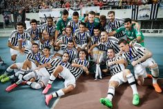 Players of Juventus celebrate the victory of Italian Super Cup final football match between Juventus and Lazio at Shanghai Stadium on August 2015 in Shanghai, China. Juventus Soccer, Football Pictures, Sports, Italia, Hs Sports, Soccer Pics, Football Pics, Sport