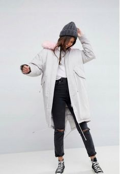 Buy ASOS Oversized Parka with Pink Faux Fur Hood at ASOS. With free delivery and return options (Ts&Cs apply), online shopping has never been so easy. Get the latest trends with ASOS now. Latest Fashion Clothes, Latest Fashion Trends, Fashion Online, Asos Online Shopping, Online Shopping Clothes, Pink Faux Fur, Mantel, Parka, Rain Jacket