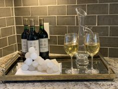 Wine Tray Ideas Home Staging Companies, Continuing Education, Alcoholic Drinks, Tray, Wine, Simple, Ideas, Professional Development, Alcoholic Beverages
