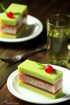 Very simple presentation for a Puding Tapai Jelly Desserts, Fancy Desserts, Pudding Desserts, Asian Desserts, Delicious Desserts, Yummy Food, Cake Recipes, Dessert Recipes, Kolaci I Torte