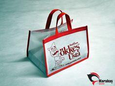 Pastane Çantaları üretimi yapan Karakaş bez çanta tüm promosyon çanta modellerinde yanınızda. Pastane Çantaları modelleri ve fiyatları için doğru adres.
