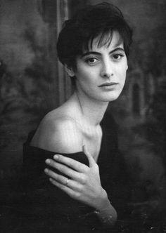 Inès de la Fressange (1957) - French model, aristocrat, fashion designer, and perfumer. Photo by Noelle Hoeppe