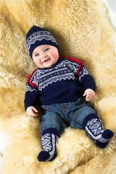 Merino Woolblend- Marius genser lanett pattern by Unn Søiland Dale Knitting For Kids, Baby Knitting, Brei Baby, Norwegian Knitting, Baby Barn, Fair Isle Knitting, Baby Sweaters, 30, Cute Kids