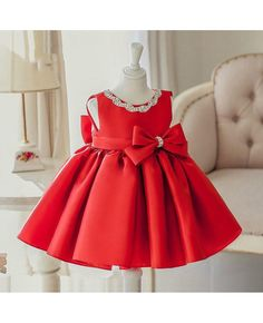 Red Girls Pageant Dresses 2019 Ball Gowns Big Bow Child Knee Length Glitz Flower Girls Dresses For Wedding Birthday Beads Summer New Baby Girl Dress Red Baby Girls Birthday Dresses Beaded Big Bow Vestido Infant baptism Christening dressChoo Red Flower Girl Dresses, Girls Lace Dress, Girls Pageant Dresses, Flower Girls, Little Girl Dresses, Dress Red, Dress With Bow, Baby Girl Birthday Dress, Birthday Dresses