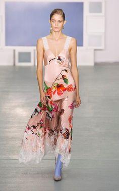 Teatum Jones | The catwalk looks we love from London Fashion Week