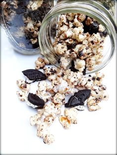 Cookies and Cream Popcorn | Big Red Kitchen - a regular gathering of distinguished guests
