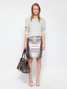 Klasyczna #bluza i błyszcząca #spodnica #topsecret