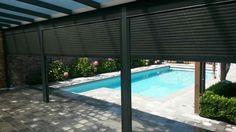 Afsluitbare terrasoverkapping / veranda met rolluiken #veranda #terrasoverkapping #overkapping www.fremazonwering.nl