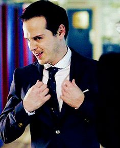 GIF HUNTERRESS — JIM MORIARTY GIF HUNT (194) Please like/reblog...