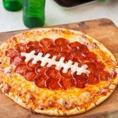 Superbowl Pepperoni Pizza. Even I can do this!!