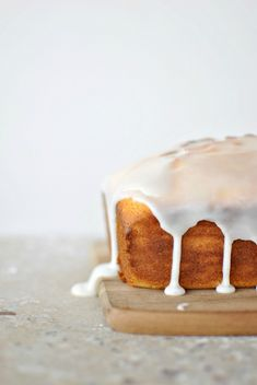 meyer lemon & ricotta cake