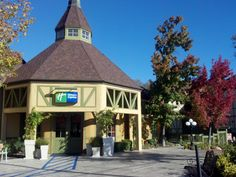 Official site of Holiday Inn Express Solvang - Santa Ynez Valley. Stay Smart, rest, and recharge at Holiday Inn Express - Best Price Guarantee.