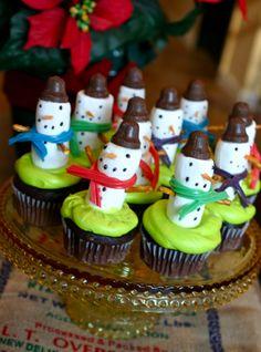 Fun Christmas cupcakes!