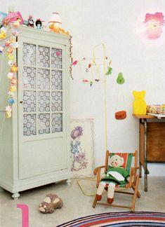 vintage style kids room