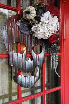 Voici une décoration de porte, matériel acheté chez Michaels / Blogue Natacha Créative