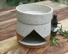 rustic oil burner EO diffuser speckled stoneware ©earthforms by Marie Wingate Ceramic Teapots, Ceramic Decor, Ceramic Pottery, Ceramic Art, Ceramic Oil Diffuser, Scent Warmers, Ceramic Oil Burner, Candle Burner, Ceramic Candle Holders