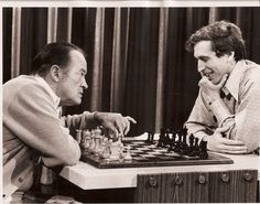 Bob Hope goofing around with the infamous world champion Bobby Fischer. Bobby Fischer, Chess Tactics, Chess Moves, Raymond Chandler, Chess Players, Kings Game, Bob Hope, Man Games, Chess Pieces