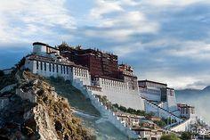 Potala Palace by Kim Pin Tan