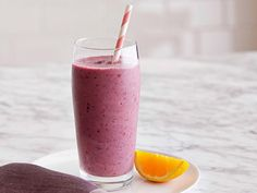 Start your day with an easy-to-make, healthy smoothie from Food Network.