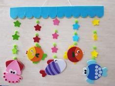 물고기 모빌 입니다 환경판 물고기를 우드락 재단해서 펠트를 앞뒤로 붙였어요..ㅋ 재단된걸 붙이기만 하면... Kindergarten Classroom Decor, Kindergarten Songs, Paper Crafts For Kids, Preschool Crafts, Diy And Crafts, Peppa Pig Coloring Pages, Foam Sheet Crafts, Children's Church Crafts, Crafty Fox