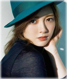 is an utility that installs the original Gadget program files on Windows 10 / Cute Fashion, Fashion Models, Women's Fashion, Asian Models Female, Japan Woman, Asian Angels, Artists And Models, Beautiful Asian Women, Asian Beauty