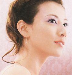 http://revue.makesup.net/img1.jpg