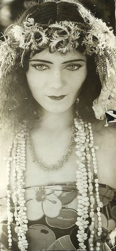 "Gilda Gray - ""originator of the shimmy"""